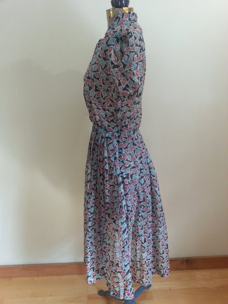 "Print Button-Down Dress  <br> (B-38"" W-24""---)"