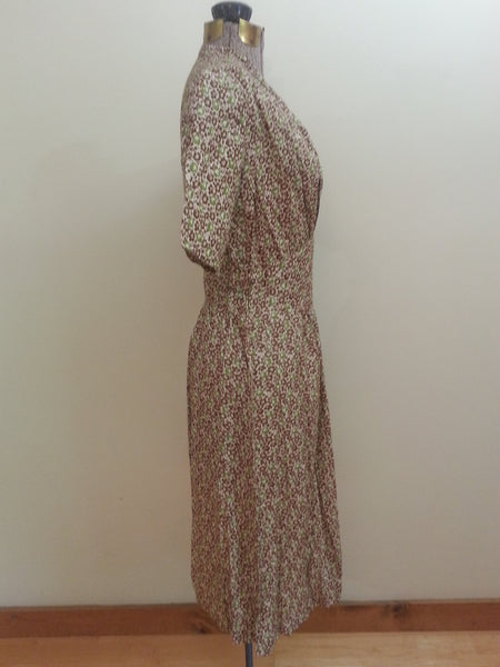"German Green Print Dress <br> (B-38"" W-30"" H-40"")"