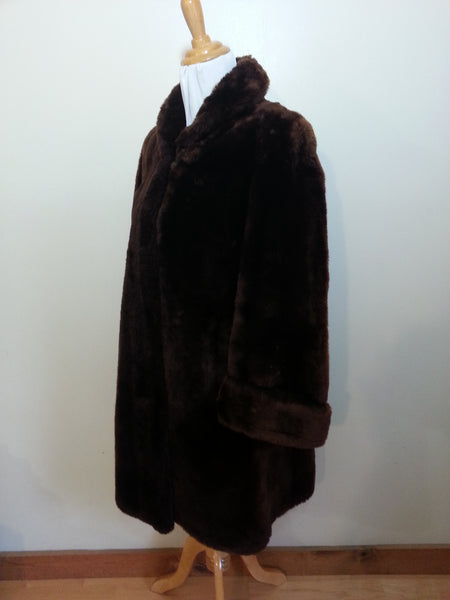 "Brown Faux Fur Coat <br> (B-40"" W-40"")"