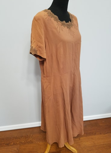 "Orange Rayon Dress (as-is) <br> (B-46"" W-40"" H-50"")"