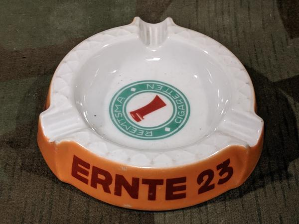 Pre-war Reemtsma Cigaretten Ernte Ashtray