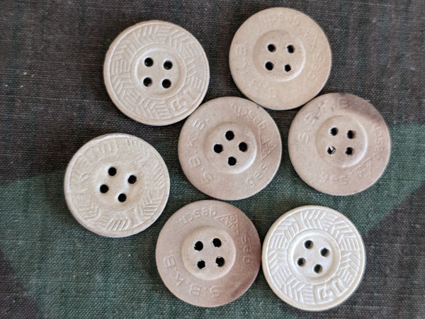 Arbeitsdienst Pressed Paper 20mm Buttons (Lot of 5)