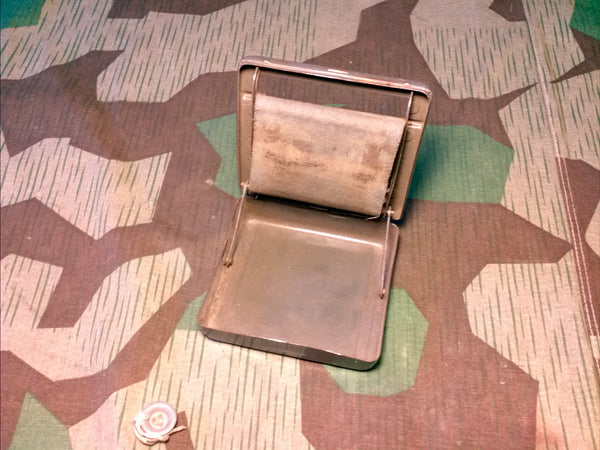Period Cigarette Rolling Machine