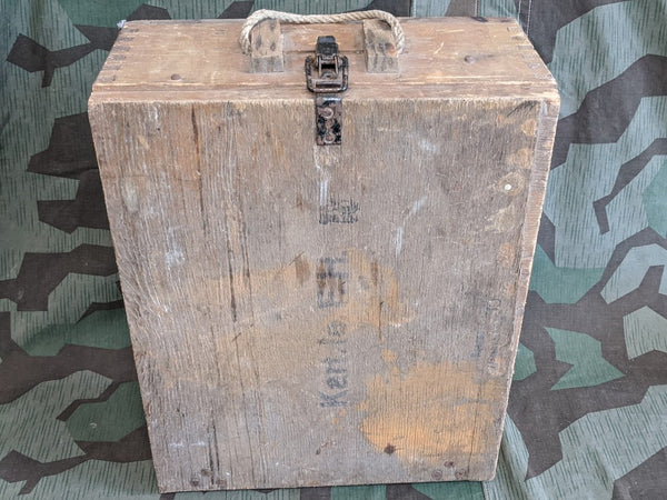 WWII German Howitzer Le.F.H.18 Artillery Wood Box