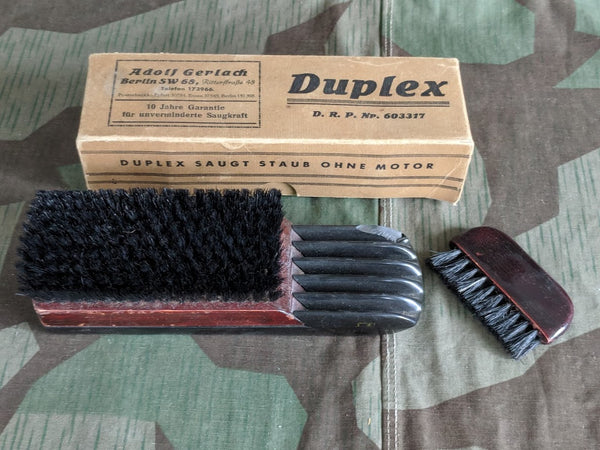 Original WWII-era German Duplex DRP Brush in Box