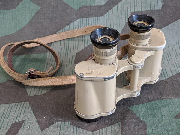 WWII German Tan Binoculars ddx