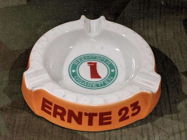 Pre-WWII German Reemtsma Cigarette Ernte Ashtray