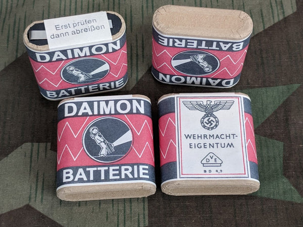 Reproduction WWII German Daimon Wehrmacht Flashlight Batteries 4.5V