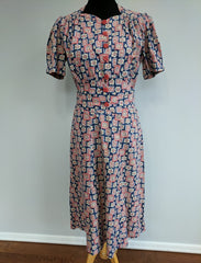 Vintage 1930s / 1940s Novelty Print Feedsack Dress