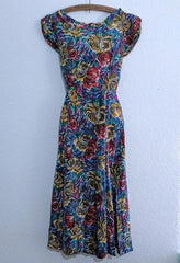 Vintage 1940s /1950s Abstract Flower Print Sleeveless Dress