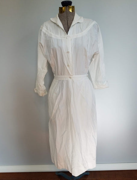 Vintage 1940s / 1950s White Nurse Uniform