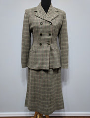 "Green Plaid Wool Skirt Suit <br> (B-37"" W- 29"" H-38"")"
