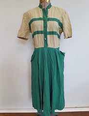 "Vintage Clothing 1940s Tan and Green Dress  (B-40"" W-28.5"" H-40"")"
