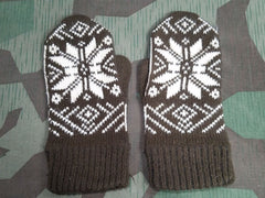Vintage German Brown Snowflake Mittens