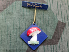 "Vintage German ""Viel Glück"" Good Luck Mushroom Pin Brooch"