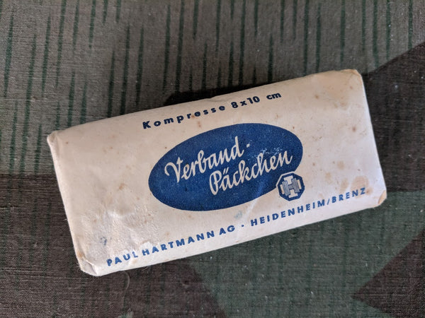 Vintage Post-WWII German Verband-Päckchen Bandage
