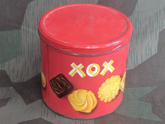 Vintage WWII-era German Ihr Tip XOX Keks Cookie Tin