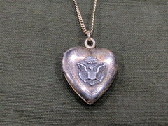 Vintage WWII US Army Sweetheart Locket Necklace