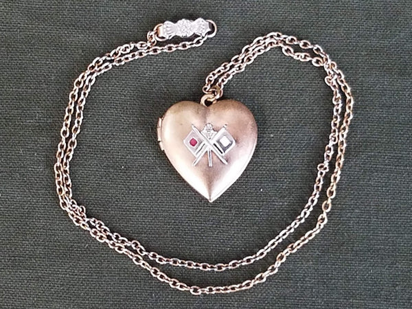 Vintage WWII US Signal Corps Sweetheart Locket Necklace