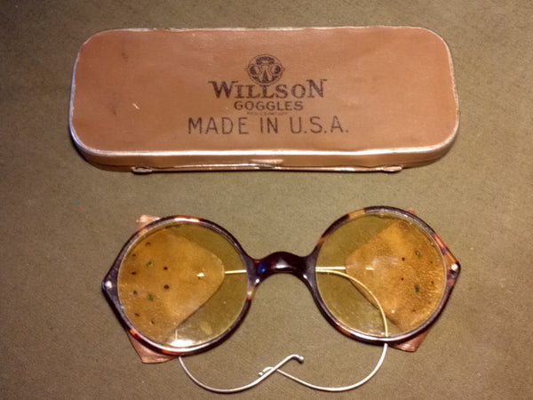 Vintage WWI or WWII Willson Goggles Sunglasses