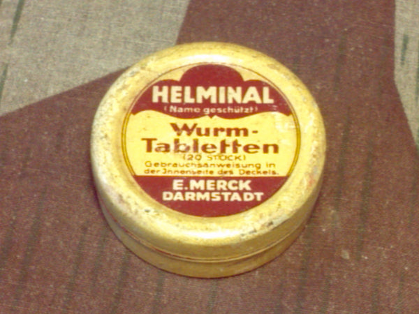 WWII-era German Helminal Wurm-Tabletten Pill Tin