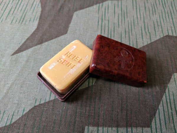WWII-era German Thuringia Bakelite Travel Soap Container with Soap