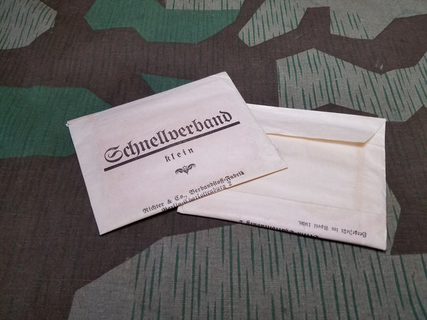 WWII German 1938 Schnell Verband Bandaid