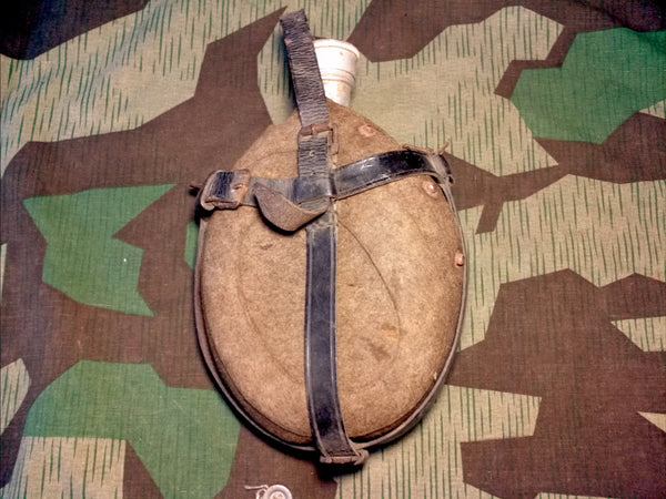 WWII German 1 Liter Medical Canteen