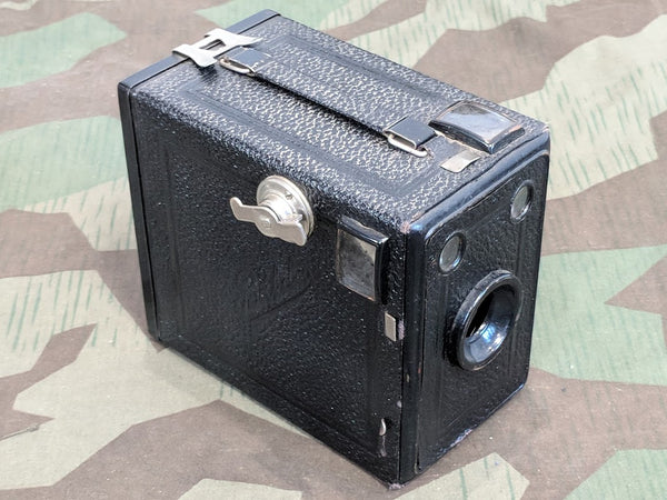 Vintage WWII-era German Balda Poka Box Camera
