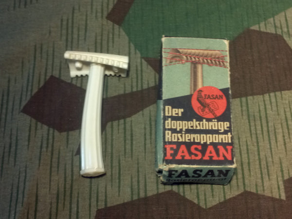 WWII German Fasan Razor in Box