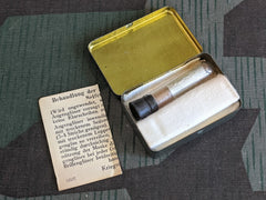 WWII German Lens Soap Glasses Cleaner Tin Kriegstechnische Abteilung