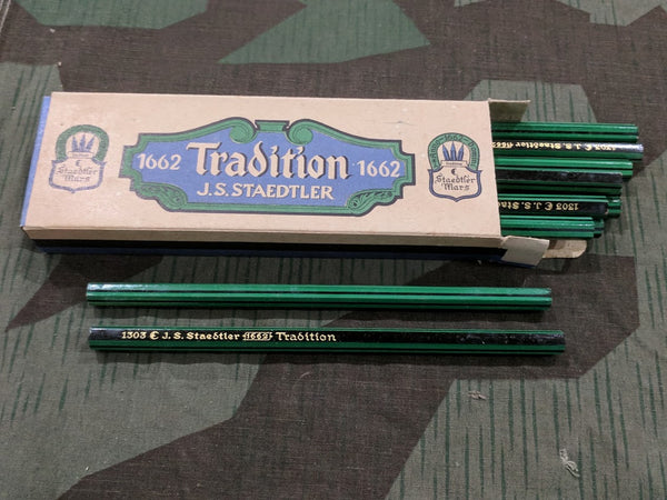 WWII German Original Staedtler Grün Green Colored Pencils