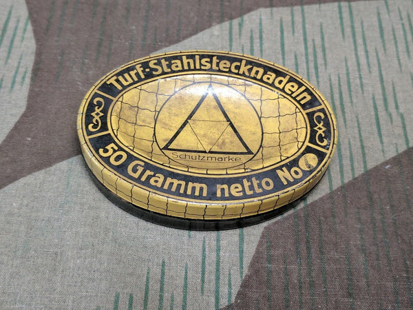 WWII German Turf Stahlstecknadeln Sewing Needle / Pin Tin