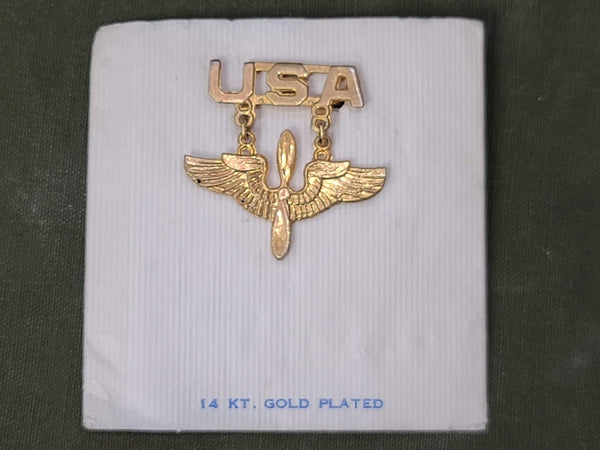 WWII Sweetheart USA Army Air Corps Pin Brooch on Card