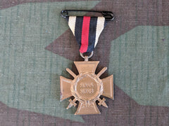 WWI German Medal Honor Cross w/ Swords