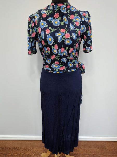 "Blue Flower Print Dress w/ Matching Jacket <br> (B-39"" W-30"" H-33"")"