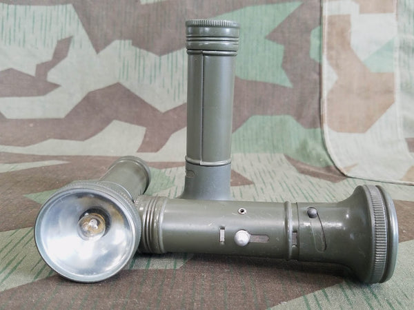 Pertrix 595 Flashlight