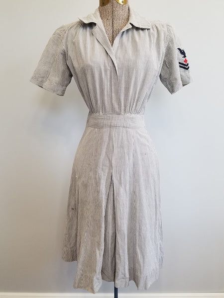 "WAVES Seersucker Working Uniform Dress <br> (B-35"" W-25"" H-32"")"