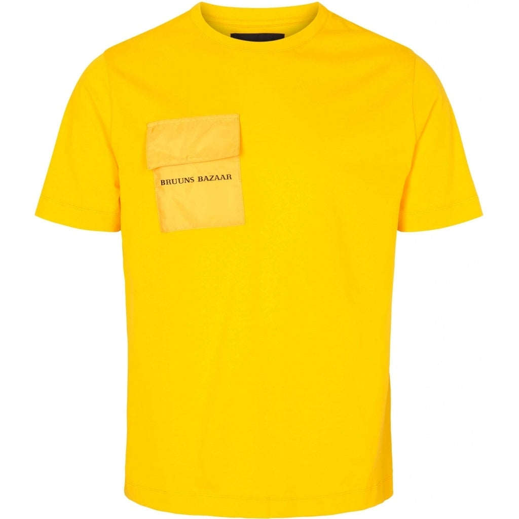 Bruuns Bazaar Men Gustav Utility t-shirt T-shirts Bright Yellow