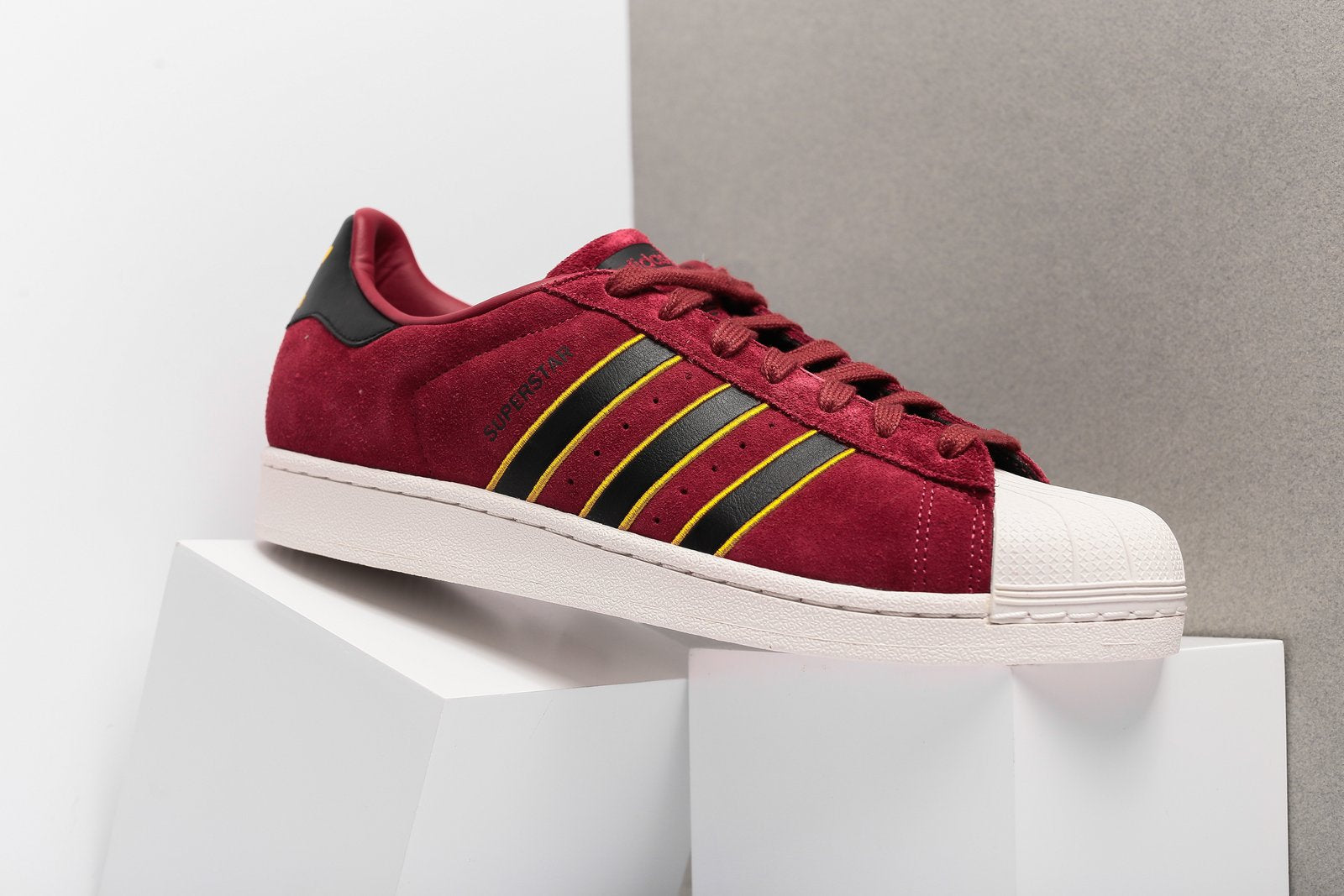 Adidas Superstar 80s butik
