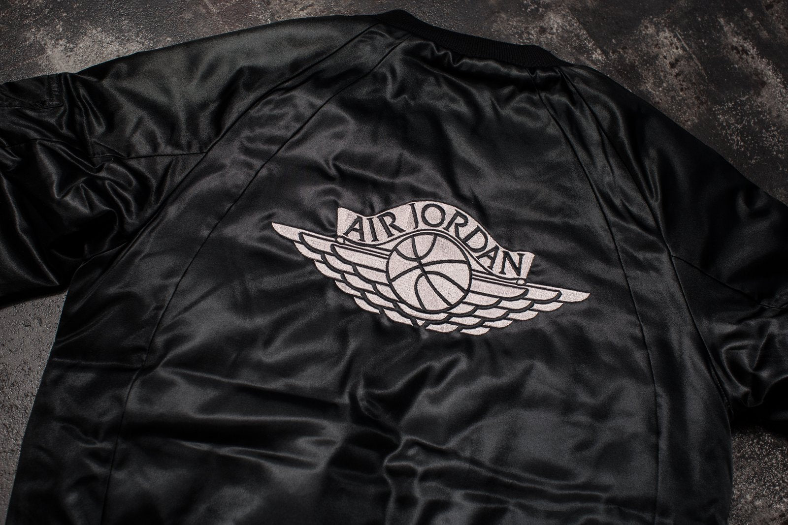 WOMENS JORDAN SPORTSWEAR WINGS MA-1 JACKET