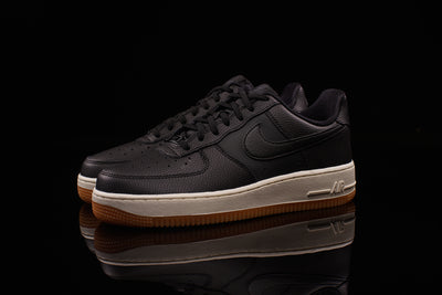 NIKE WOMENS AIR FORCE 1 '07 SEASONAL