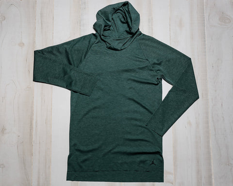 23 LUX RAGLAN HOODED LONG SLEEVE TOP