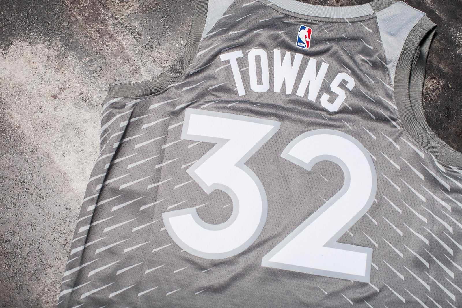 new concept 1f38a 611e9 NIKE KARL ANTHONY TOWNS CITY EDITION SWINGMAN JERSEY ...