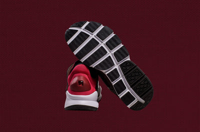 NIKE SOCK DART KJCRD Gym Red