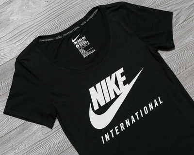 NIKE WOMENS INTERNATIONAL T SHIRT