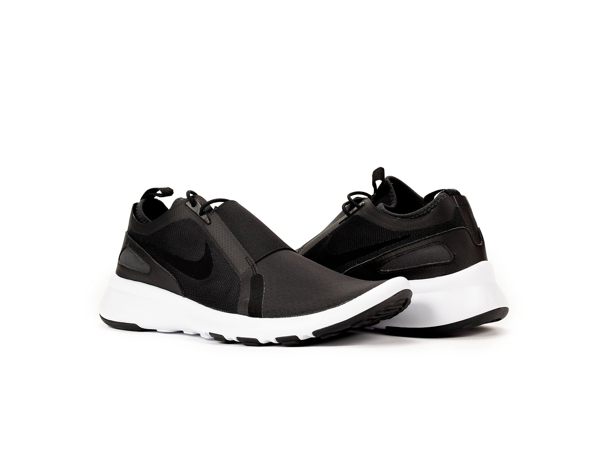 1781a3dbf3ab NIKE CURRENT SLIP ON - Oneness Boutique