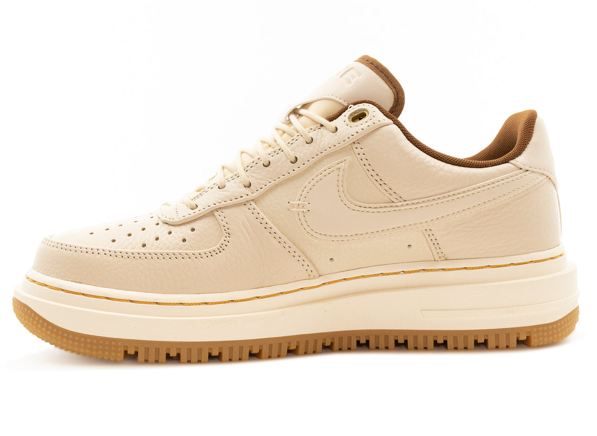 Nike Air Force 1 Luxe 'Pecan' xld - Oneness Boutique