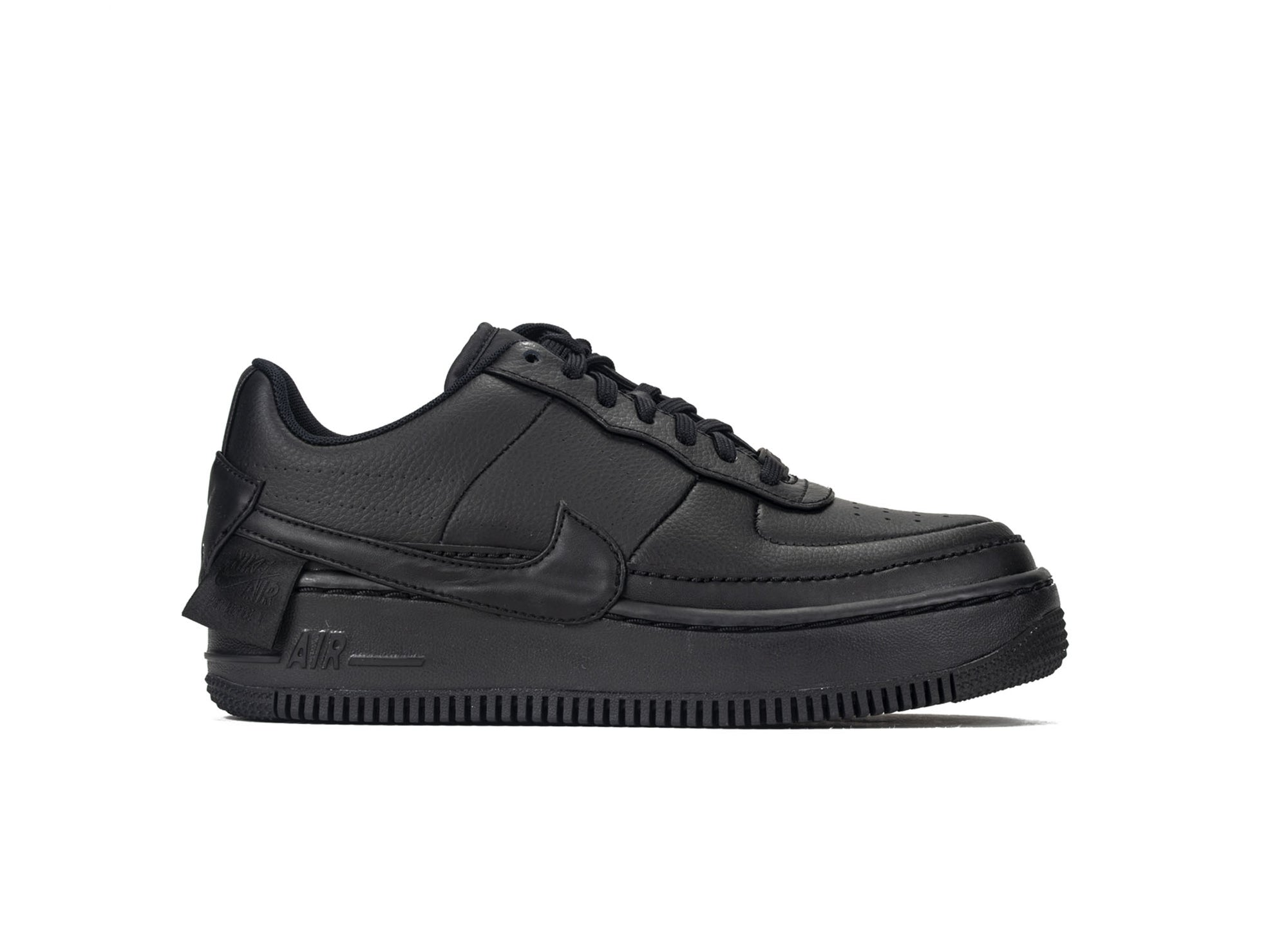 NIKE WOMENS AIR FORCE 1 JESTER XX