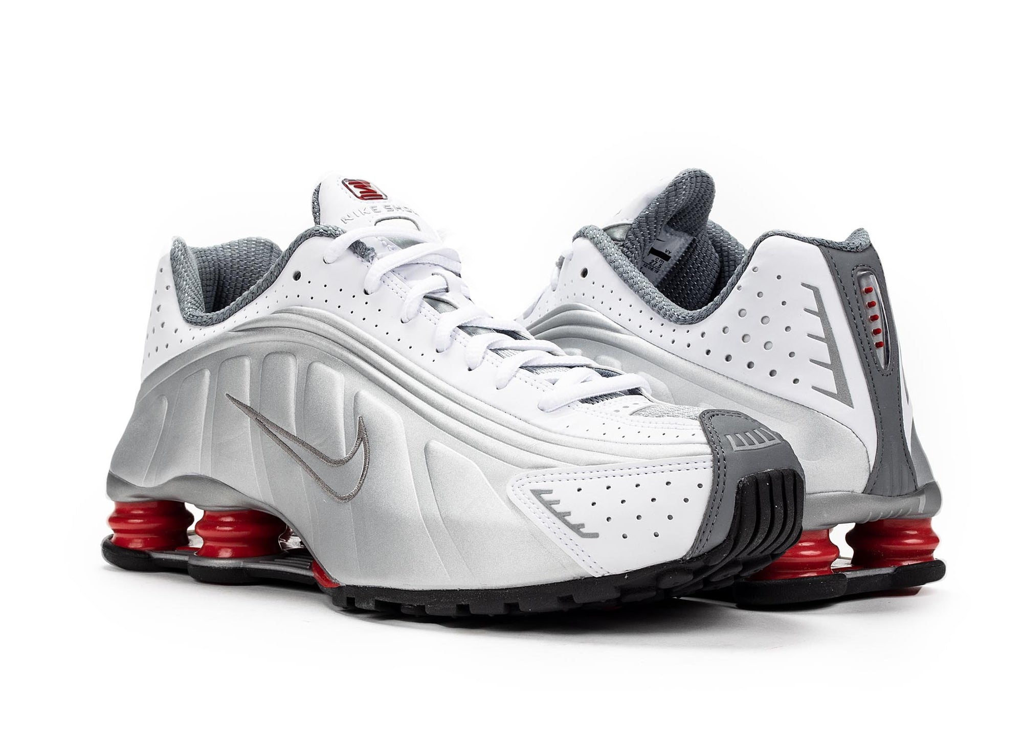 new styles 65306 f2af6 Nike Shox R4 - White Silver